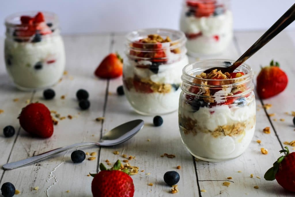 four yogurt parfaits