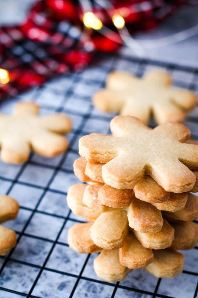 caramel cookies scene