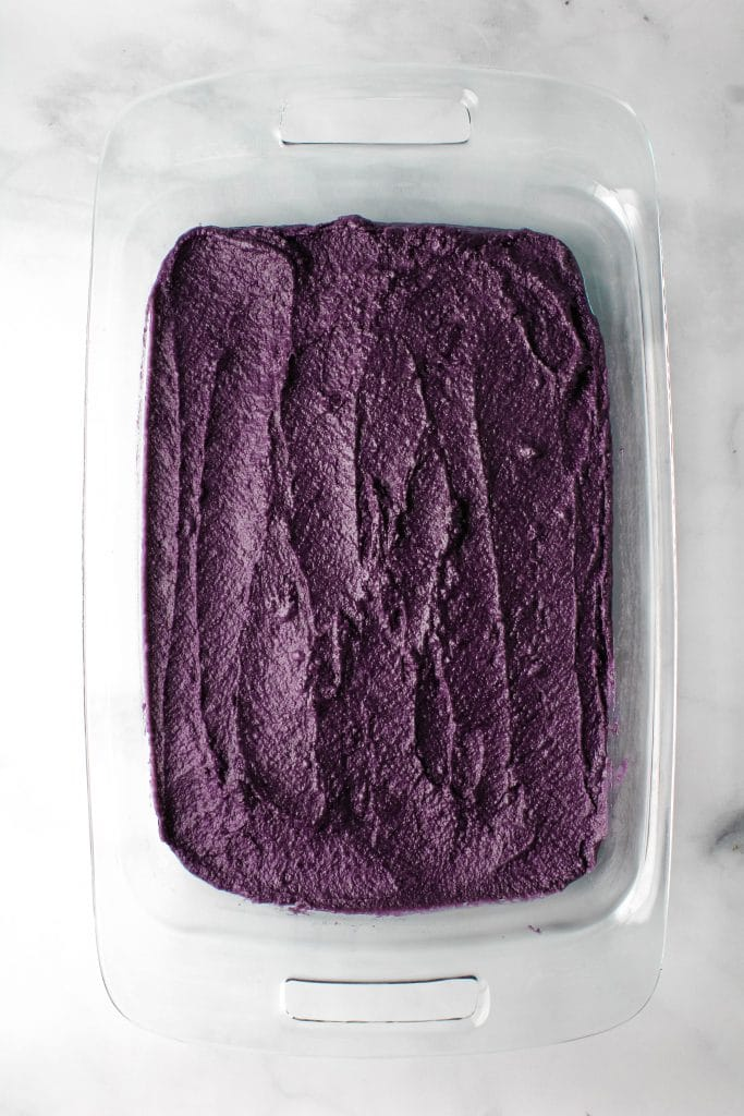 ube halaya in a glass pan