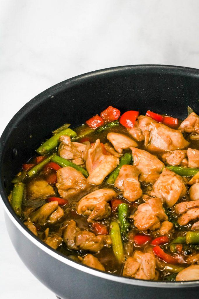 pan of teriyaki chicken stir fry