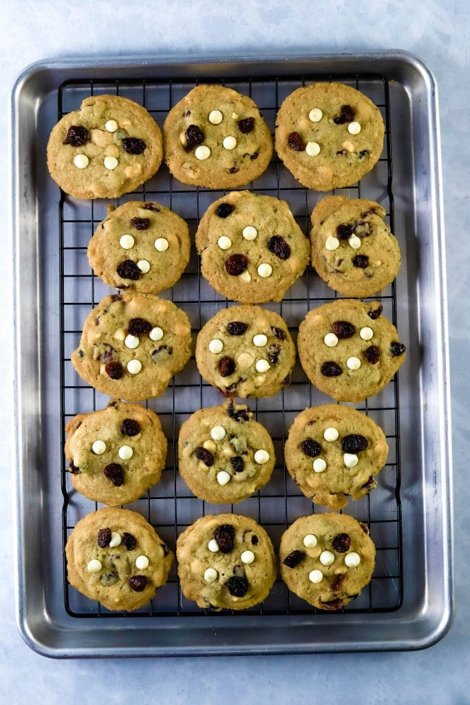 white chocolate craberry cookies on a cooling rack